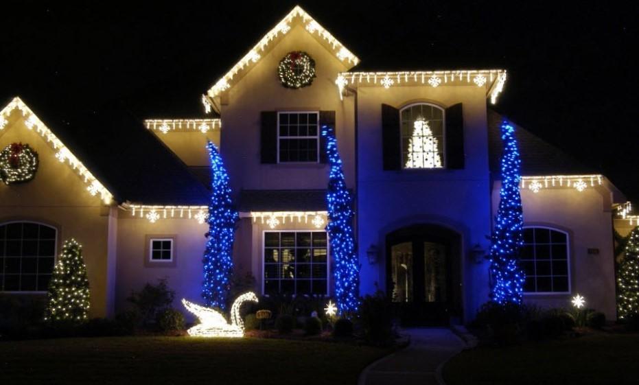 изображение новогодней подсветки дома